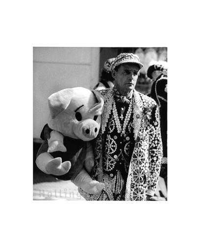 August 2000 Pearly King & friend at Bartholomew Fair, Smithfield